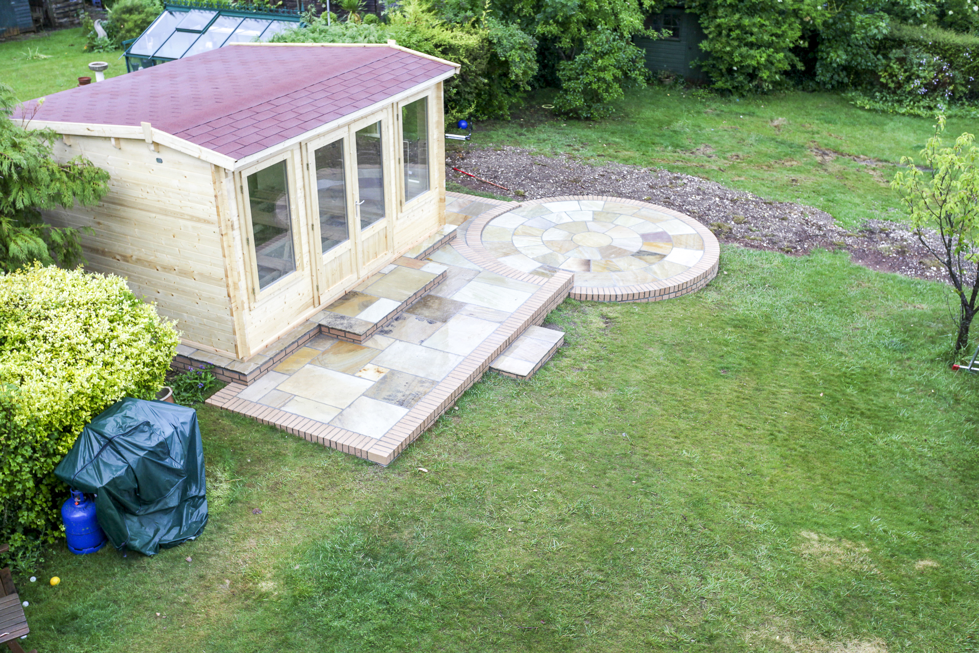 Summer House in place