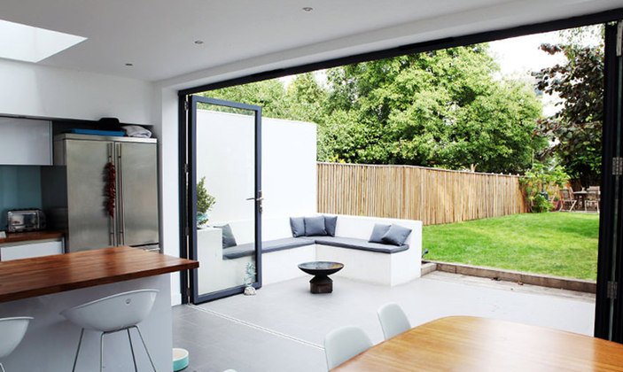Bifold vs sliding doors – the pros and cons | My Home Extension