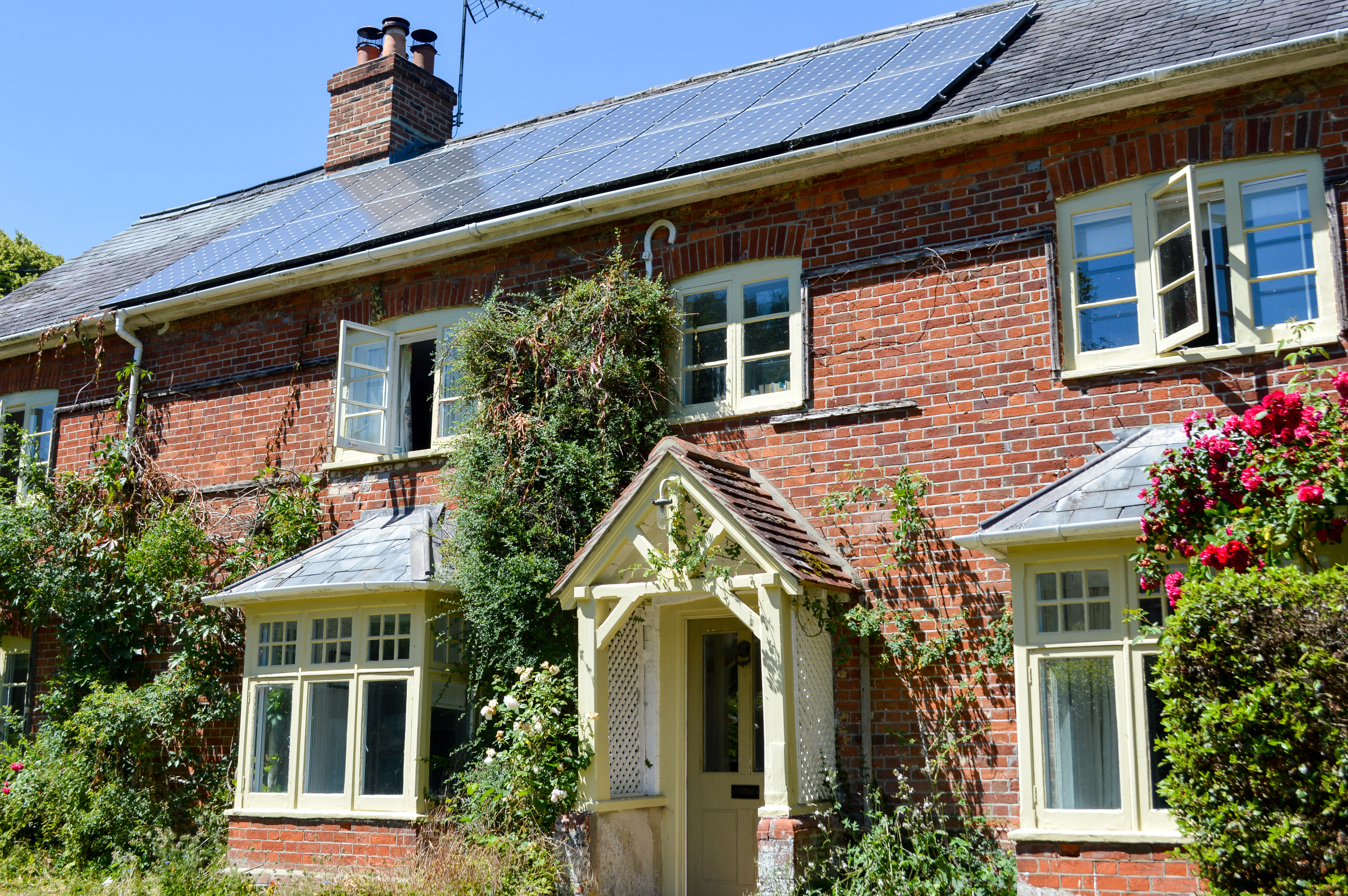 Case Study - Adding solar panels to a Hampshire home